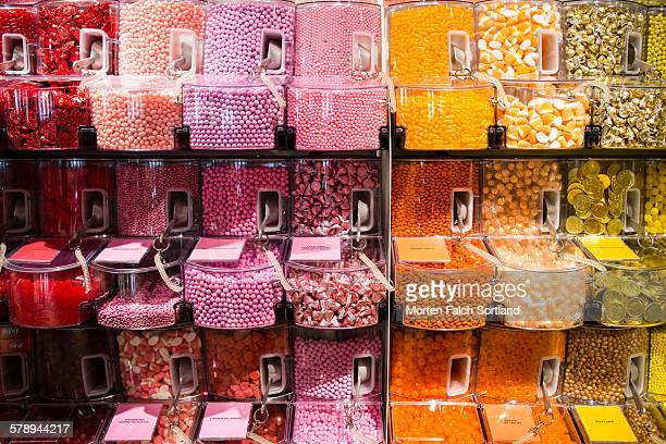 rainbow of candy - gumball machine stock pictures, royalty-free photos & images