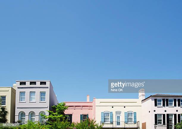 rainbow row, charleston, sc - サウスカロライナ州 ストックフォトと画像