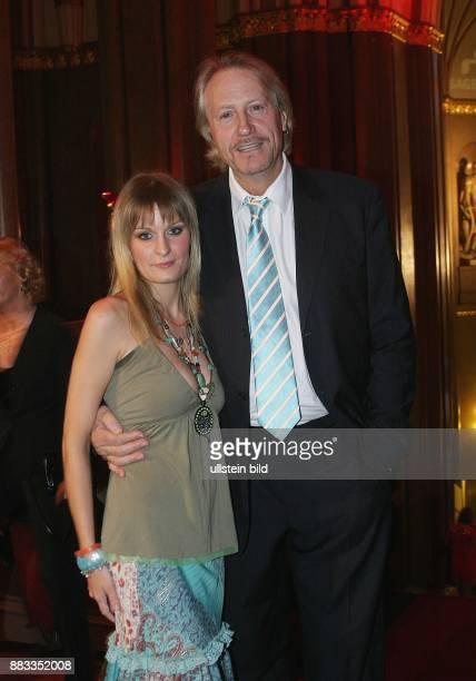 Rainer Schoene Schauspieler und Sänger mit Anja Drendel