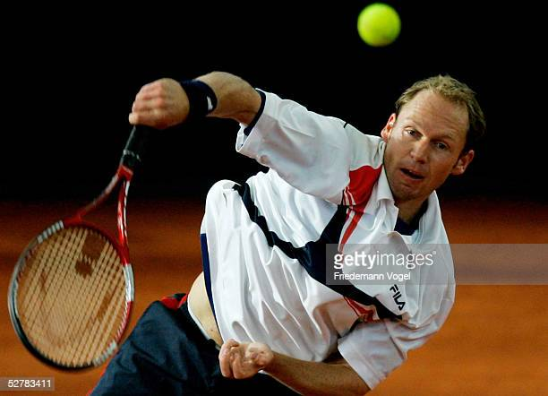 Rainer Schuettler of Germany serves against Andreas Seppi of Italy during the Masters Series Hamburg at Rothenbaum May 10 2005 in Hamburg Germany