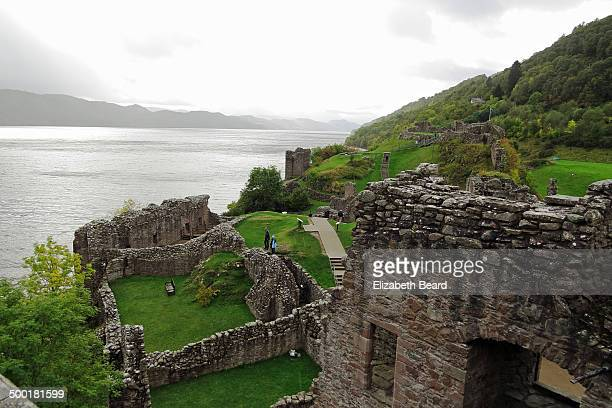 rainy day at castle urquhart - drumnadrochit stock pictures, royalty-free photos & images