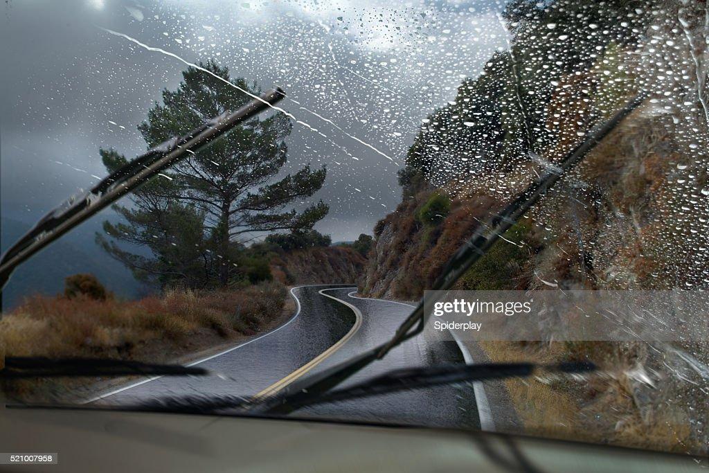 Rainy Strada di montagna : Foto stock