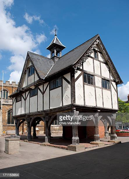 raised floor medieval school in old town - leicestershire stock pictures, royalty-free photos & images