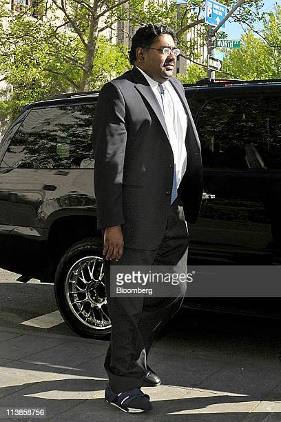 Raj Rajaratnam the Galleon Group LLC cofounder accused of insider trading arrives at federal court in New York US on Monday May 9 2011 Jurors in the...