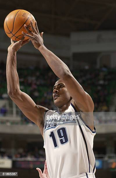 Raja Bell of the Utah Jazz shoots during the game against the Phoenix Suns at Delta Center on November 30 2004 in Salt Lake City Utah The Suns won...