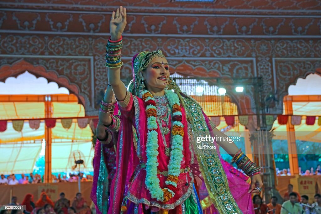 Rajasthani folk artists perform in Jaipur