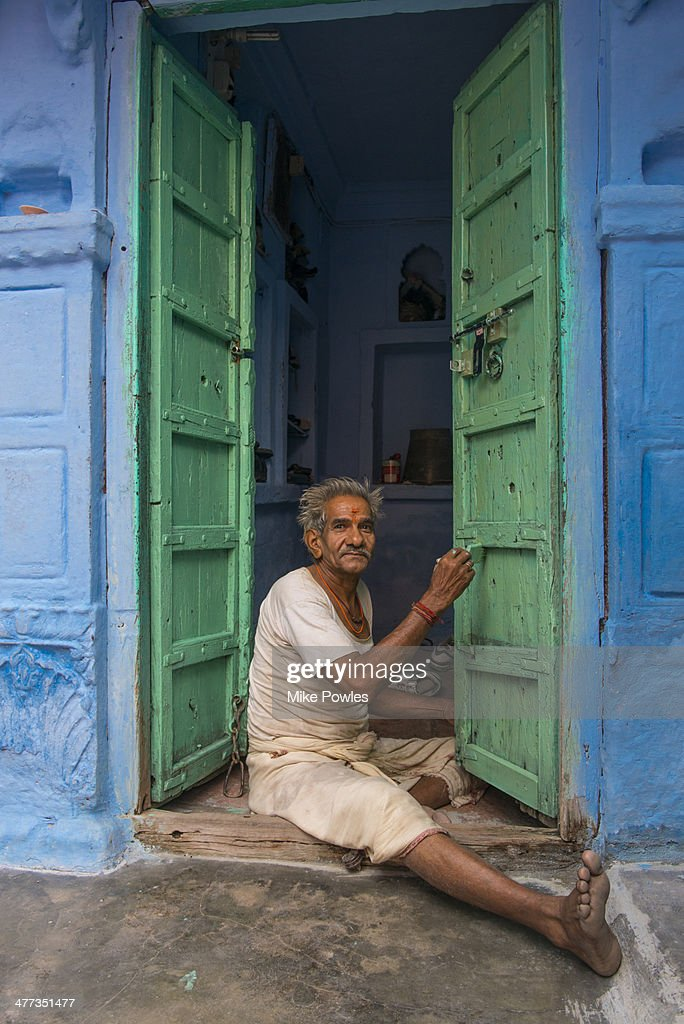 Rajasthani Man Painting House Jodhpur Stock Photo - Getty Images