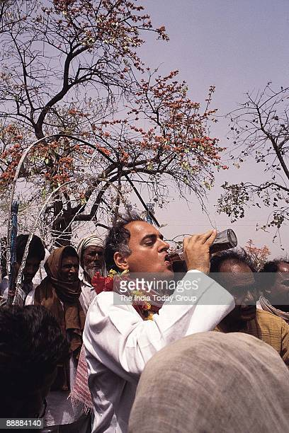 Rajiv Gandhi Prime Minister drinking Cola during Election Campaign