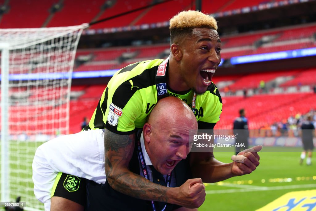 Rajiv Van La Parra of Huddersfield Town celebrates during the Sky Bet Championship Play Off Final match between Reading and Huddersfield Town at Wembley Stadium on May 29, 2017 in London, England.