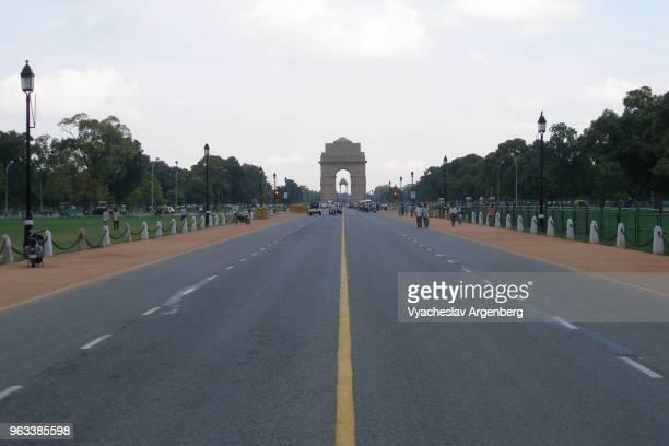 "rajpath, ""ceremonial axis"" (kingsway) of new delhi, india - ニューデリー ストックフォトと画像"