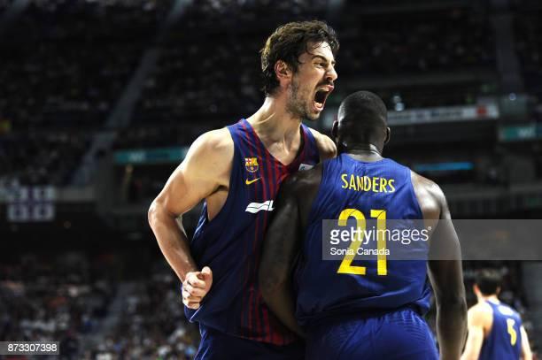 Rakim Sanders #21 center of FC Barcelona Lassa and Ante Tomic #44 center of FC Barcelona Lassa during the Liga Endesa game between Real Madrid and...