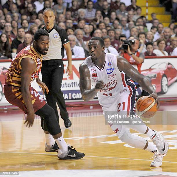Rakim Sanders of EA7 competes with Jeremy Pargo of Umana duriing the LegaBsaket Serie A match between Reyer Umana Venezia and EA7 Emporio Armani...