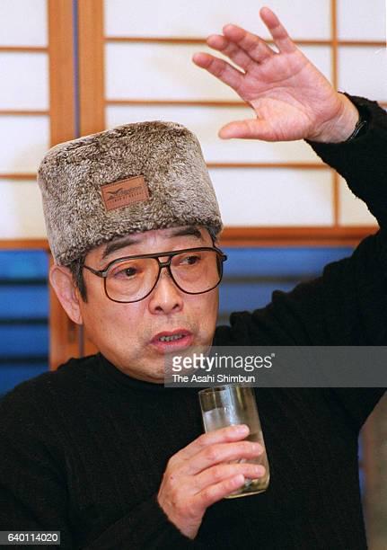 Rakugo performer Tatekawa Danshi speaks on February 11 1999 in Tokyo Japan