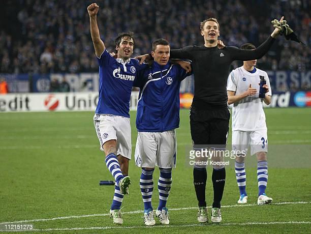 Raúl Gonzalez Alexander Baumjohann and Manuel Neuer of Schalke celebrate the 21 victory after the UEFA Champions League quarter final second leg...