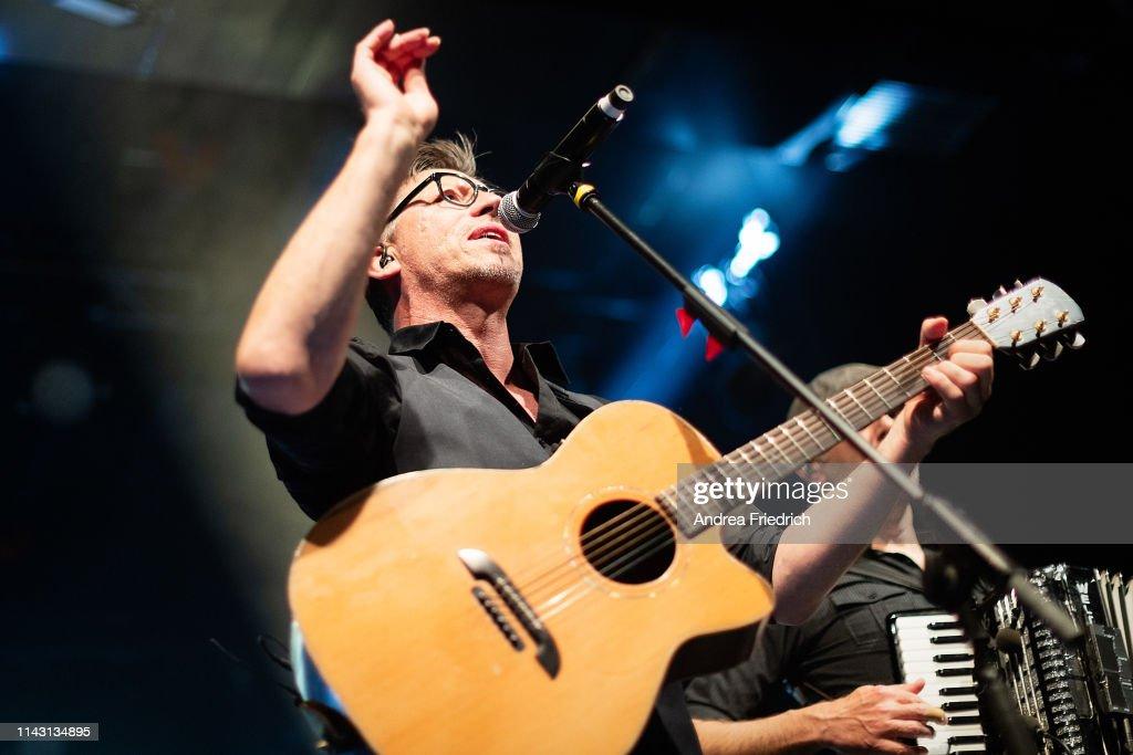 Fiddler's Green Perform In Berlin : Nachrichtenfoto