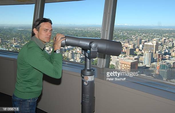 Ausblick fernglas stock photos and pictures getty images