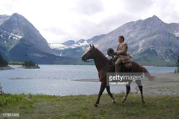 """Ralf Bauer, ZDF-Reihe """"Im Tal der wilden Rosen"""", Folge 13: """"Die Macht der Liebe"""" - alter Titel: """"Blinde Liebe"""", Kanaksis bei Calgary, Kanada,..."""