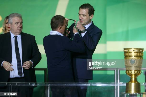 Ralf Rangnick, Manager of RB Leipzig refuses his runners up medal from Friedrich Curtius, Secretary general of the German Football Association...