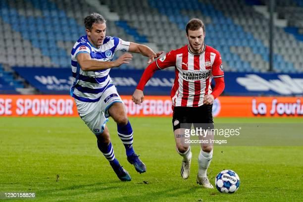 Ralf Seuntjens of De Graafschap, Jorrit Hendrix of PSV during the Dutch KNVB Beker match between De Graafschap v PSV at the De Vijverberg on December...