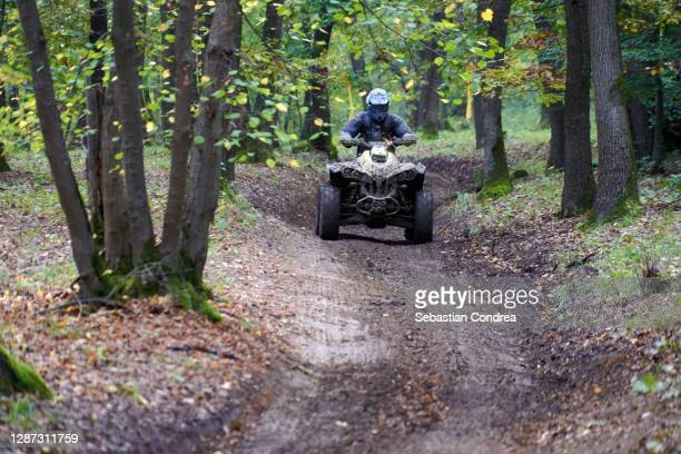 rally sport weekend activiti forest trail, road. - 4x4 stock pictures, royalty-free photos & images