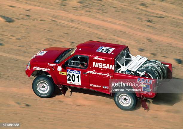 2003 rallye des pharaons - nissan stock pictures, royalty-free photos & images