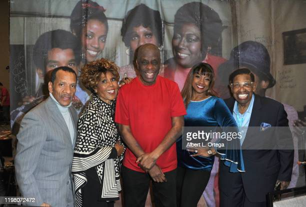 Ralph Carter Ja'Net DuBois Jimmie Walker BernNadette Stanis and Johnny Brown attend the 2020 Hollywood Show held at Marriott Burbank Airport Hotel on...