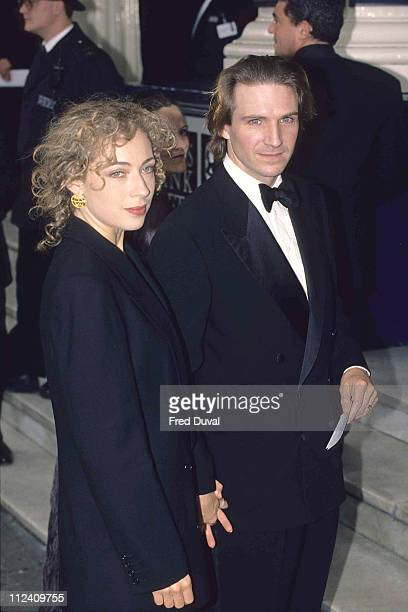 Ralph Fiennes with wife Alex Kingston at the 1999 BAFTA Awards