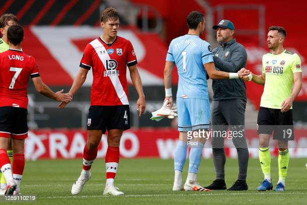 Ralph Hasenhuttl Manager of Southampton celebrates with Alex McCarthy after the Premier League match between Southampton FC and Sheffield United at...