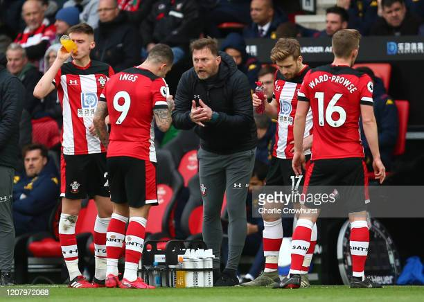 Ralph Hasenhuttl Manager of Southampton gives instructions to Danny Ings of Southampton during the Premier League match between Southampton FC and...