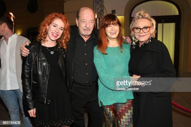 Ralph Siegel and his girlfriend Laura Kaefer Katja Ebstein and Linda G Thompson during the musical premiere of 'Santa Maria' at Deutsches Theater on...