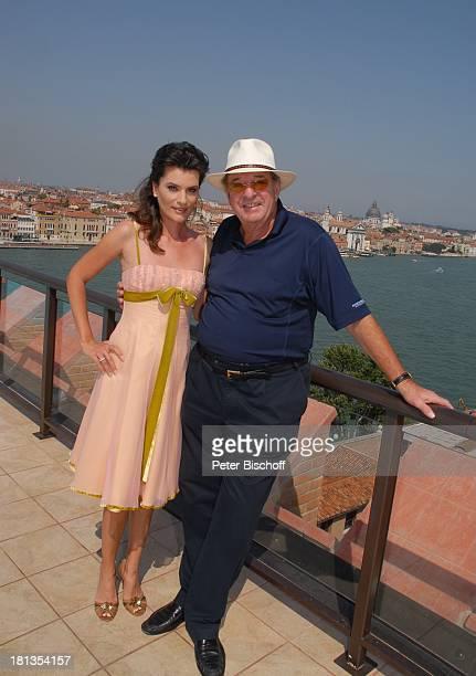 Ralph Siegel Ehefrau Kriemhild Jahn Musikfilm Eine Nacht in Venedig mit K R I E M H I L D J A H N Dachterrasse Skybar Hotel Molino Stucky Hilton...