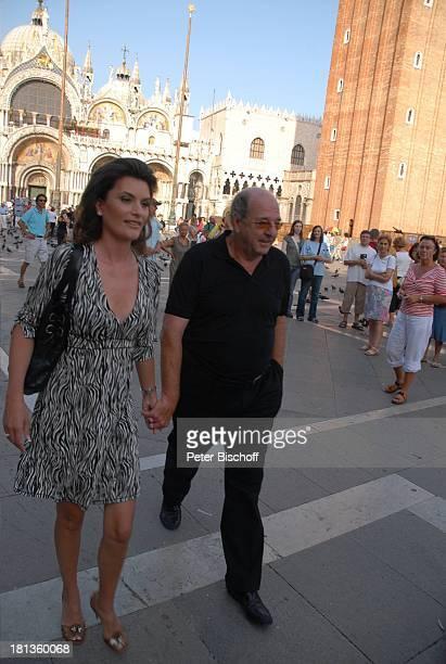 Ralph Siegel Ehefrau Kriemhild Jahn Musikfilm Eine Nacht in Venedig mit K R I E M H I L D J A H N Venedig Italien Europa Markusplatz verliebt Ehemann...