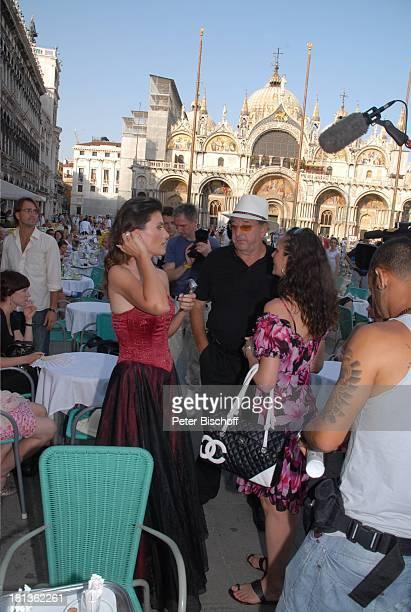 Ralph Siegel Ehefrau Kriemhild Jahn Musikfilm Eine Nacht in Venedig mit K R I E M H I L D J A H N Venedig Italien Europa Markusplatz Dreh...