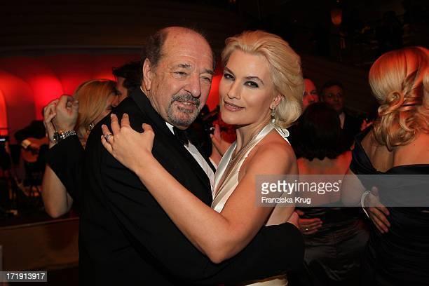 Ralph Siegel Und Ehefrau Kriemhild Beim 38 Deutschen Filmball Im Hotel Bayerischer Hof In München