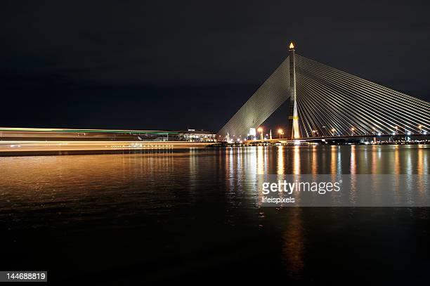 rama vii bridge in bangkok - lifeispixels stock pictures, royalty-free photos & images