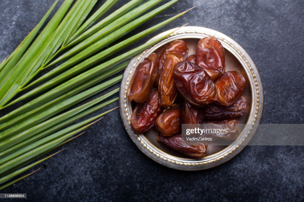 Ramadan dates is traditional food for iftar in islamic world : Stock Photo
