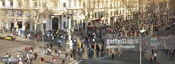 ramblas de catalunya in barcelona - the ramblas stock pictures, royalty-free photos & images