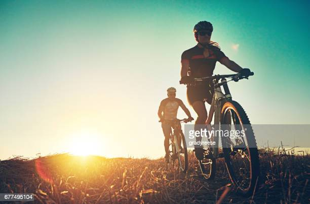 rambling through the countryside - cycling stock pictures, royalty-free photos & images
