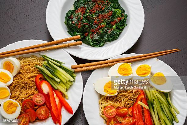 Ramen and spinach
