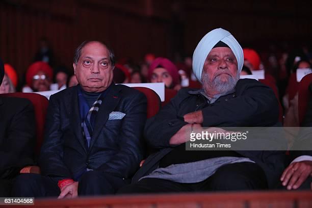 Ramesh Handa and Bishan Singh Bedi during the 350th Parkash Utsav of Guru Gobind Singh on January 7 in New Delhi India Guru Gobind Singh Jayanti is a...