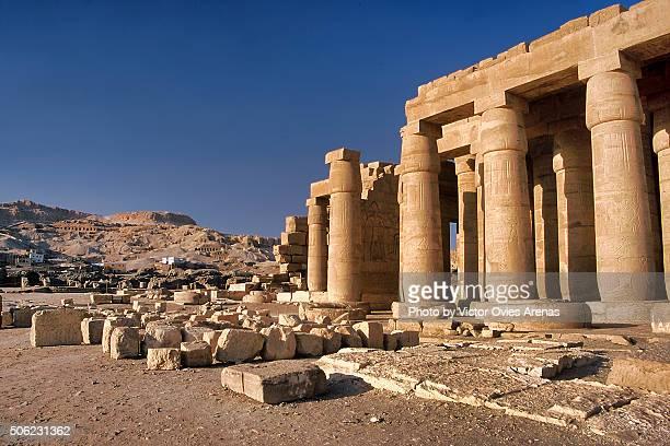 ramesseum temple - victor ovies fotografías e imágenes de stock