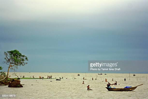 ramgoti char alexander; bangladesh - fishing in bangladesh stock photos and pictures