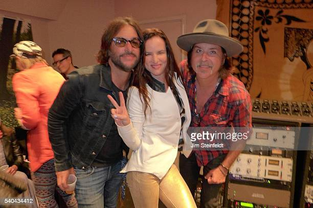 Rami Jaffe of The Wallflowers and the Foo Fighters actress/singer Juliette Lewis and singer songwriter Jonny Kaplan pose for a portrait at Fonogenic...