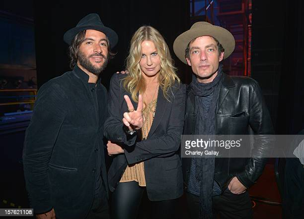 Rami Jaffee Daryl Hannah and Jakob Dylan attend a celebration of Carole King and her music to benefit Paul Newman's The Painted Turtle Camp at the...