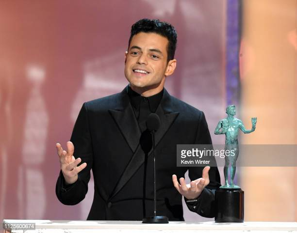 Rami Malek accepts Outstanding Performance by a Male Actor in a Leading Role for Bohemian Rhapsody onstage during the 25th Annual Screen Actors Guild...