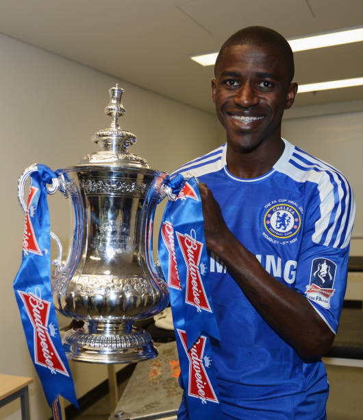 Ramires Of Chelsea Celebrates With The Trophy In Changing Room After FA Cup Final