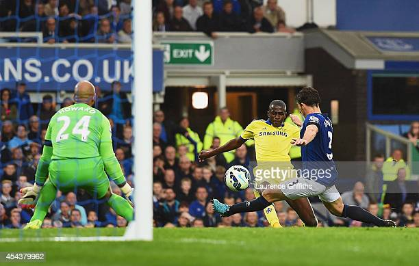 Ramires of Chelsea scores his team's fifth goal during the Barclays Premier League match between Everton and Chelsea at Goodison Park on August 30...