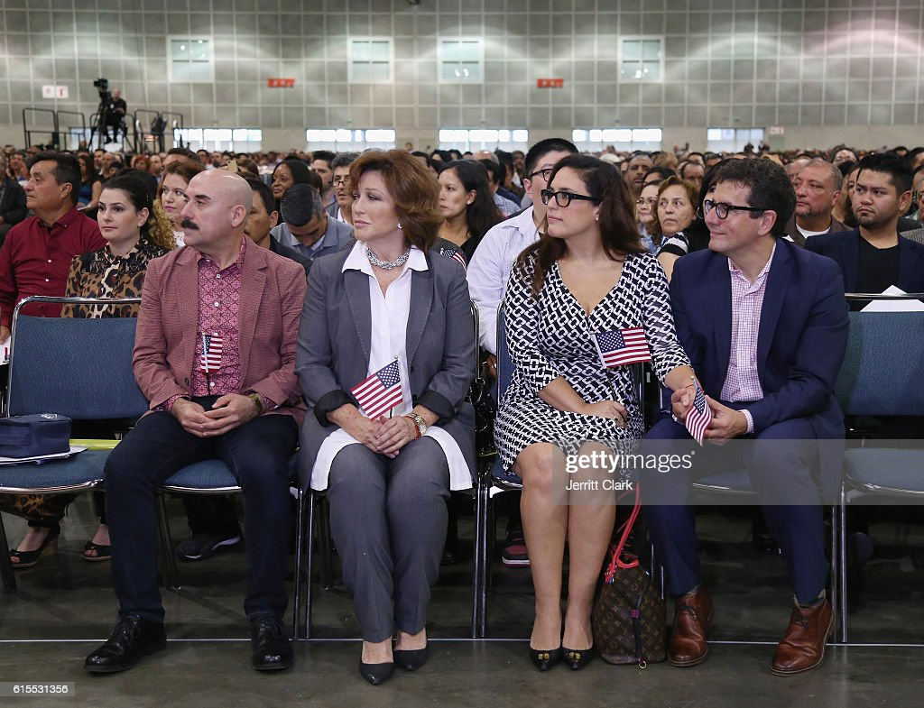 Angelica Vale Citizenship Ceremony : News Photo