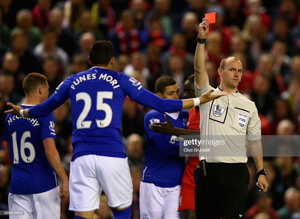 Liverpool v Everton - Premier League : News Photo