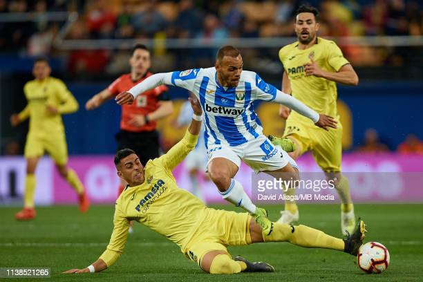 Ramiro Funes Mori of Villarreal CF competes for the ball with Braithwaite of CD Leganes during the La Liga match between Villarreal CF and CD Leganes...